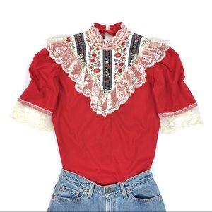 Vintage 60s Lace Floral Romantic Top 💫